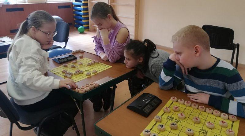 турнир по сянци среди детей