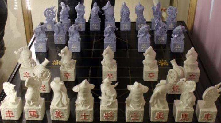 Китайские шахматы сянци в Музее фарфора и шахмат